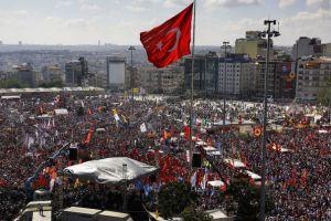 2463864_place-taksim-a-istanbul
