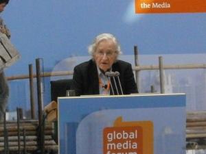 Noam Chomsky à Bonn, le 17 juin 2013
