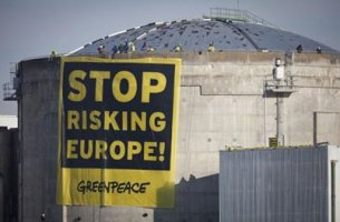 greenpeace-fessenheim-stop-risking-05fd5
