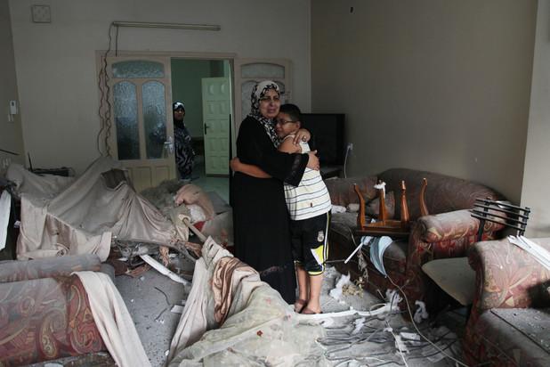 140713-gaza-mother-son.jpg