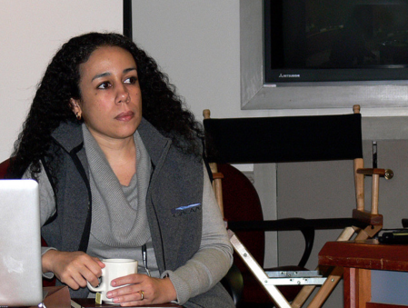 Le Dr. Itamara Lochard est membre distinguée du Highlands Forum et experte du Pentagone en opérations d'informations. Elle dirige l'initiative CySec du MIIS qui soutient aujourd'hui le Highlands Forum du Pentagone avec un financement du partenaire de Goldman Sachs George Lee, qui dirigea les estimations de Facebook et de Google