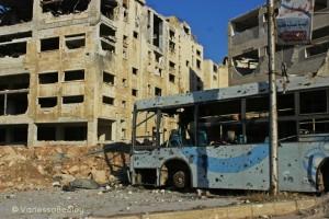 Des parties dévastées de Sheikh Maqsoud, le point d'entrée le plus au nord, tenu par les Kurdes, d'Alep-Ouest qui est tenue par le gouvernement syrien - /Photo Vanessa Beeley, 14/08/2016