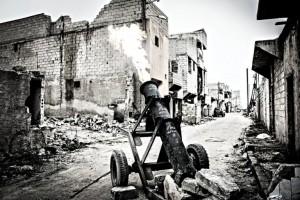 """ARMES MODEREES: les """"rebelles"""" terroristes d'Alep-Est bombardent aveuglément les civils avec leurs munitions artisanales, puis font porter le chapeau au """"régime"""" par le biais de propagande trompeuse via les médias sociaux"""